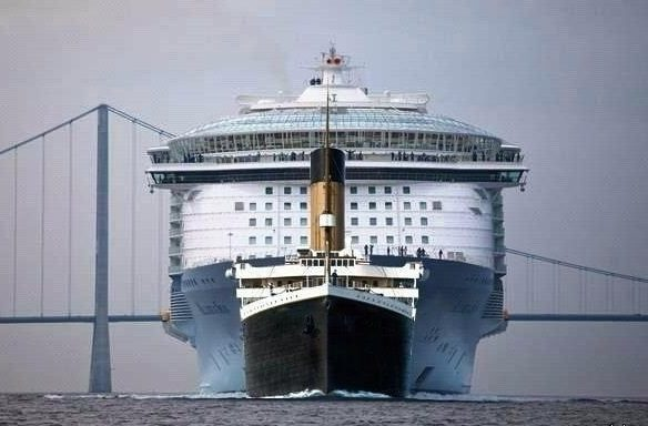 Самый большой лайнер, сравнение с Титаником