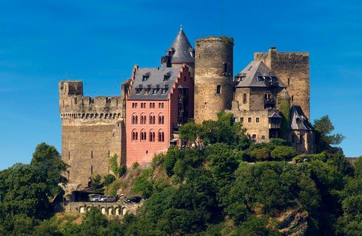 Тур в замок